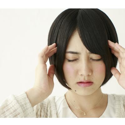 頭痛が週7日続いている